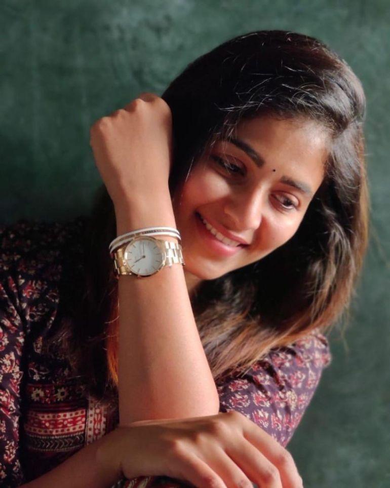 81+ Beautiful Photos of Anjali 20