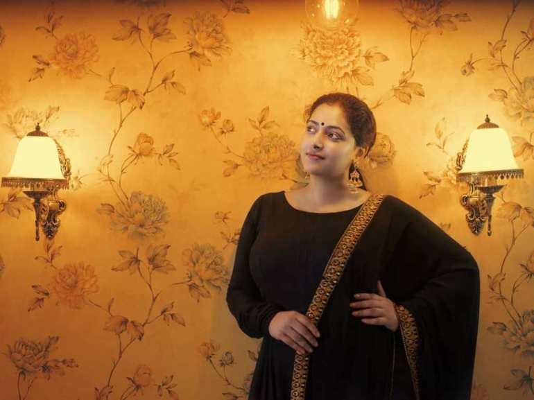 49+ Lovely Photos of Anu Sithara 93