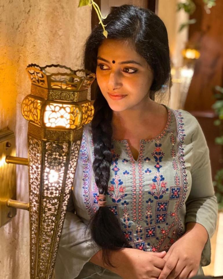 49+ Lovely Photos of Anu Sithara 10