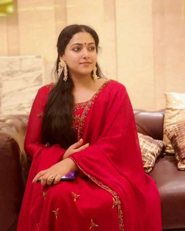 49+ Lovely Photos of Anu Sithara 98