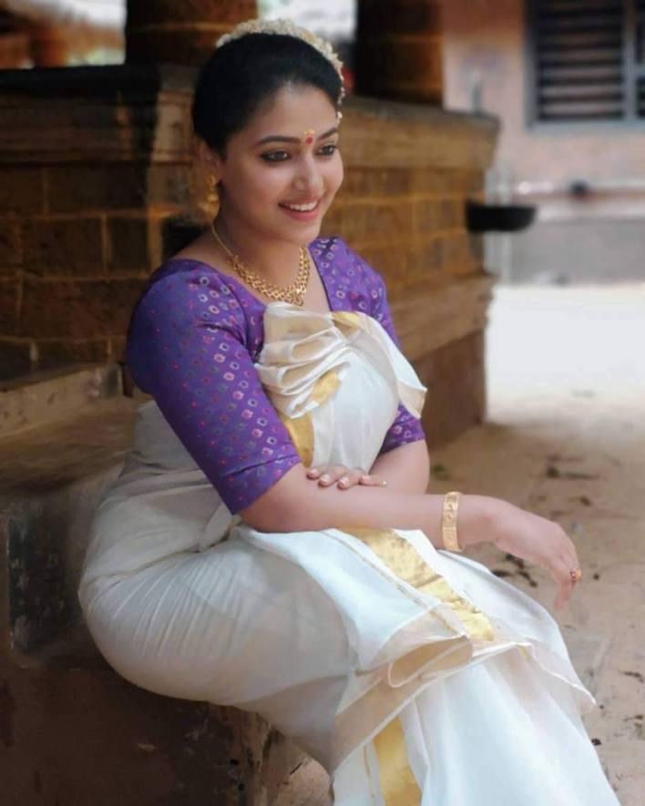 49+ Lovely Photos of Anu Sithara 43