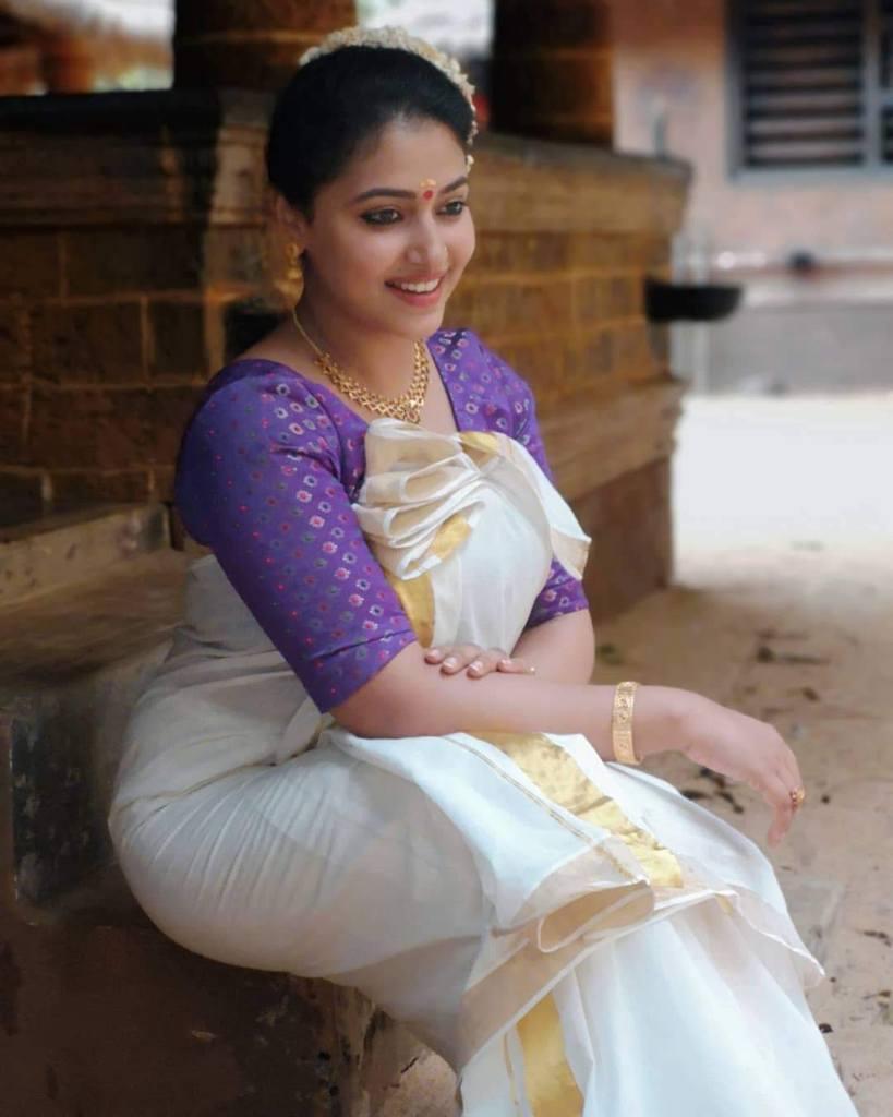 49+ Lovely Photos of Anu Sithara 44
