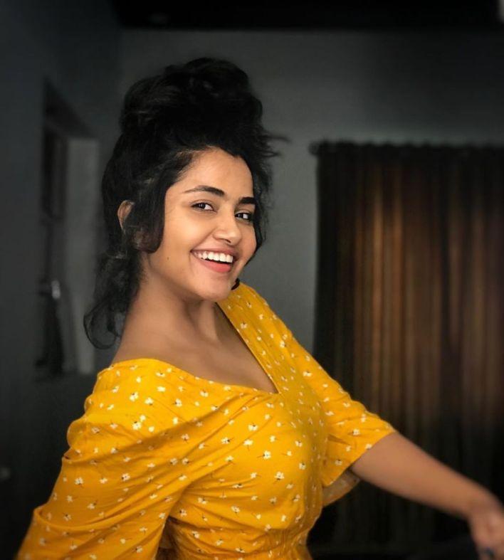 54+ Gorgeous Photos of Anupama Parameswaran 16