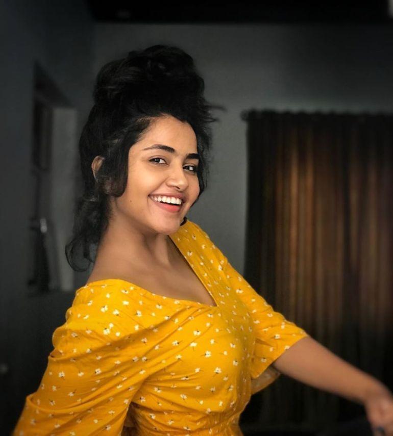 54+ Gorgeous Photos of Anupama Parameswaran 100