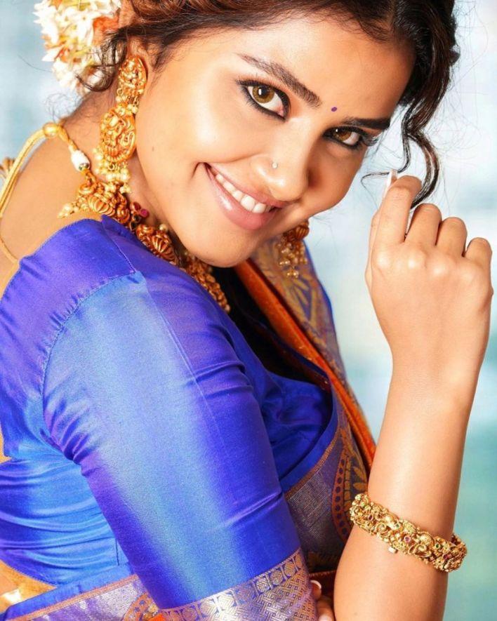 54+ Gorgeous Photos of Anupama Parameswaran 19