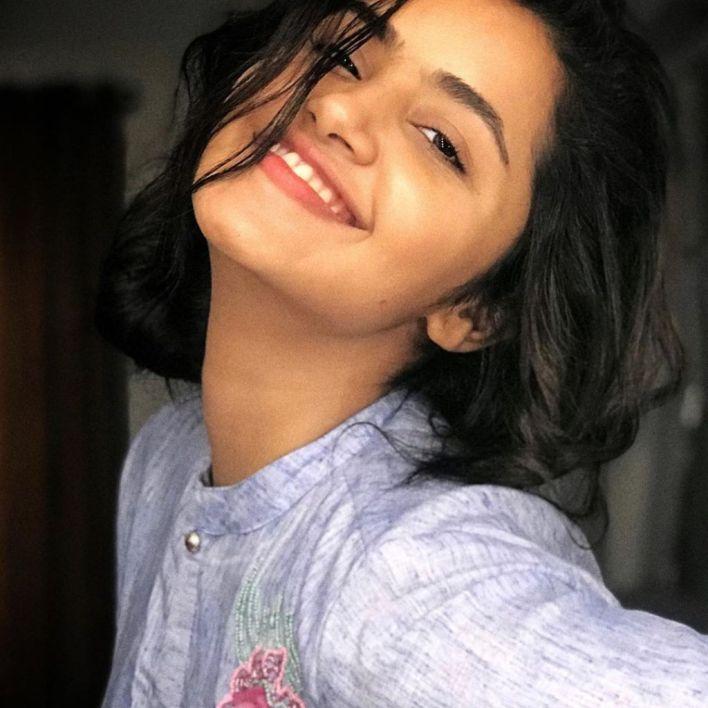 54+ Gorgeous Photos of Anupama Parameswaran 20