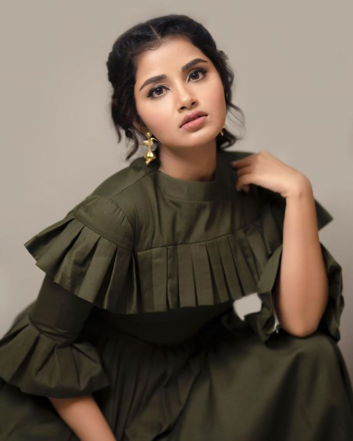 54+ Gorgeous Photos of Anupama Parameswaran 6