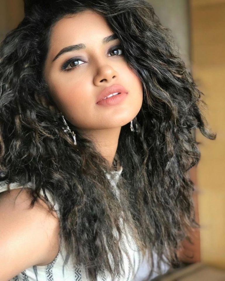 54+ Gorgeous Photos of Anupama Parameswaran 110