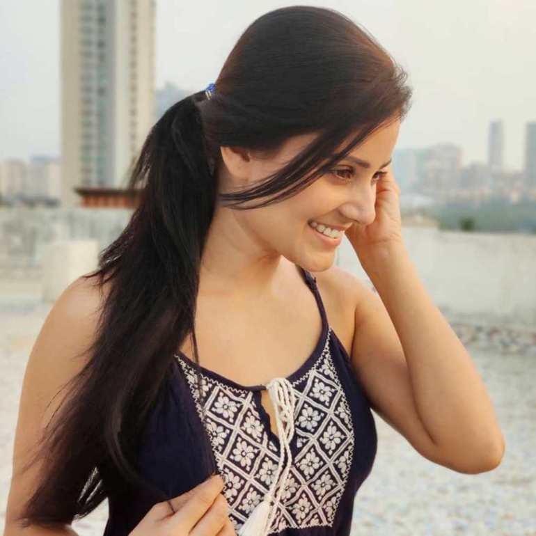 48+ Glamorous Photos of Archana Gupta 13