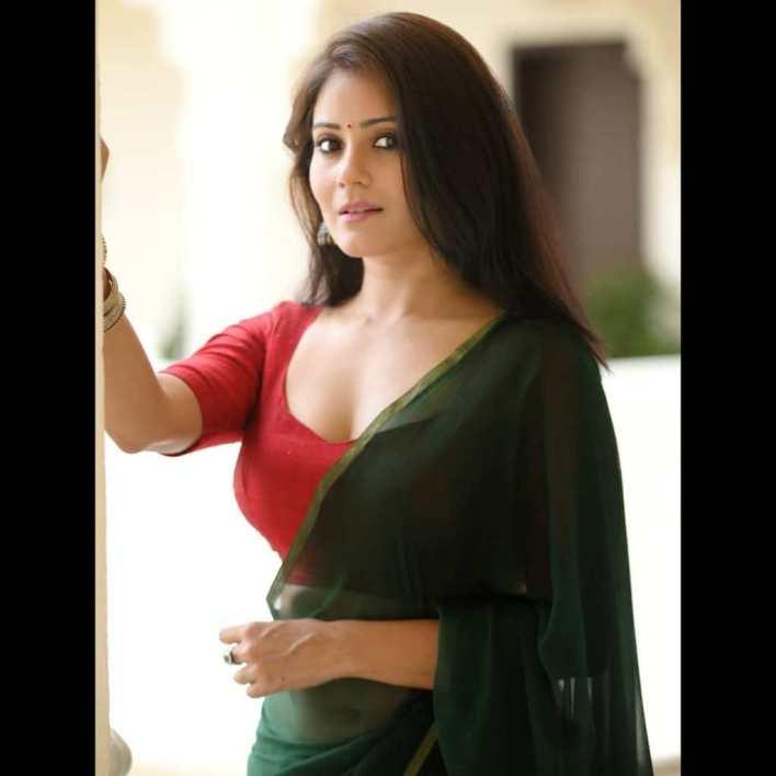 48+ Glamorous Photos of Archana Gupta 3