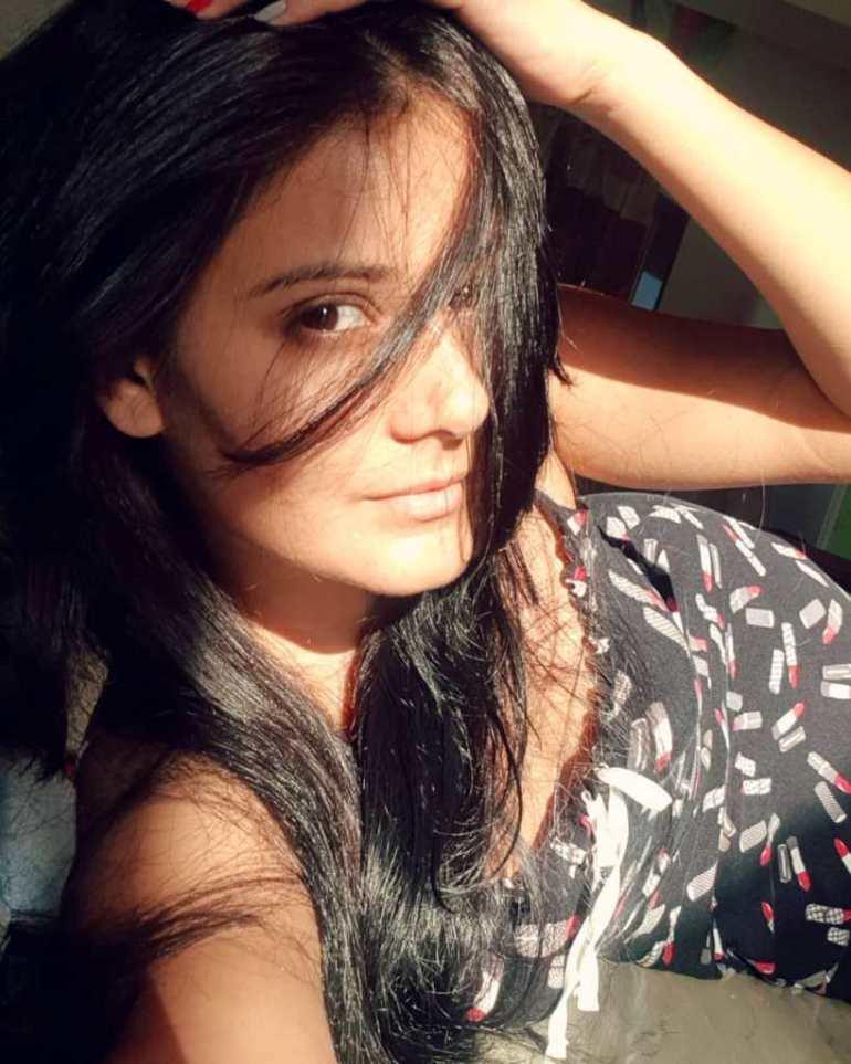 48+ Glamorous Photos of Archana Gupta 24