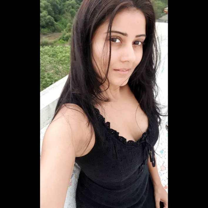 48+ Glamorous Photos of Archana Gupta 25
