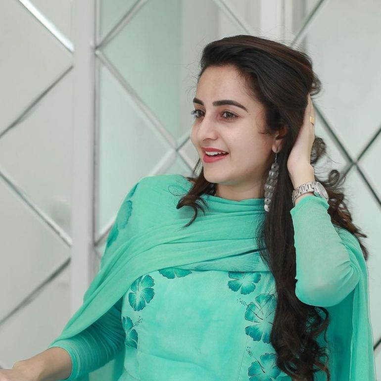25+ Gorgeous Photos of Bhama 110