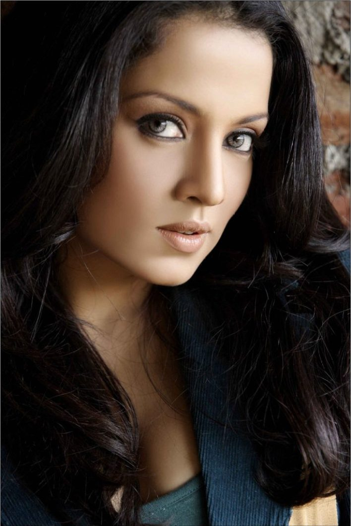 Beautiful HD Photos of Celina Jaitley 7