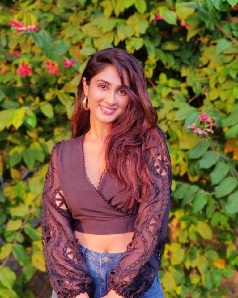 90+ Stunning Photos of Deepti Sati 145