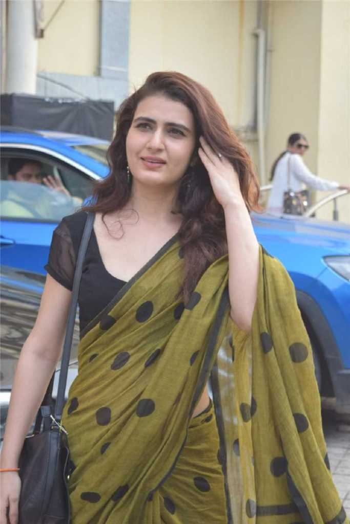 74+ Gorgeous Photos of Fathima Sana Shaikh 89