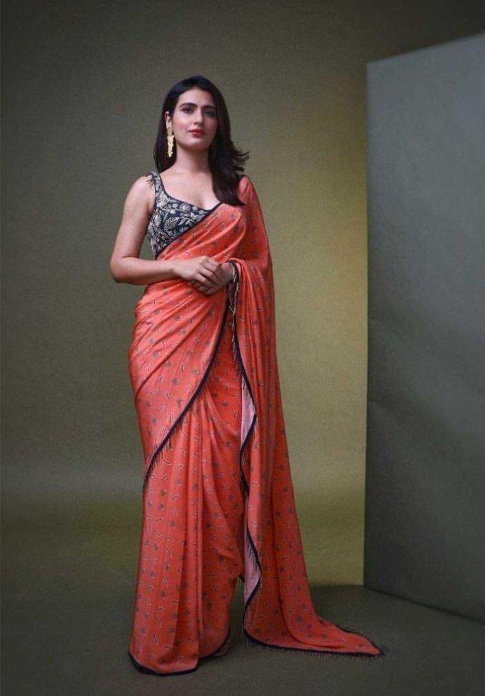 74+ Gorgeous Photos of Fathima Sana Shaikh 46