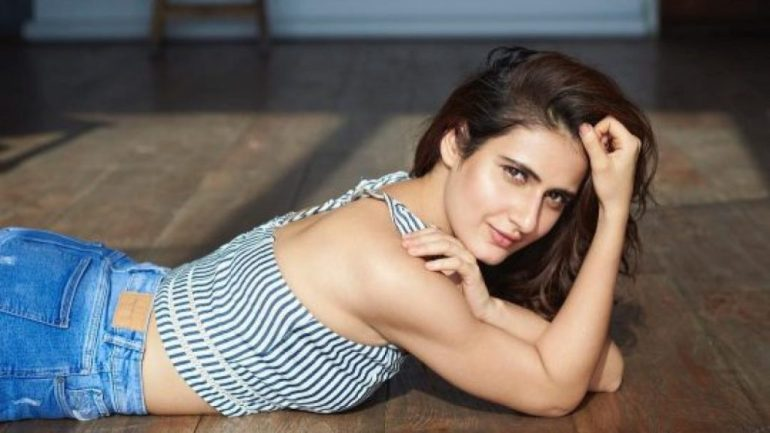 74+ Gorgeous Photos of Fathima Sana Shaikh 133