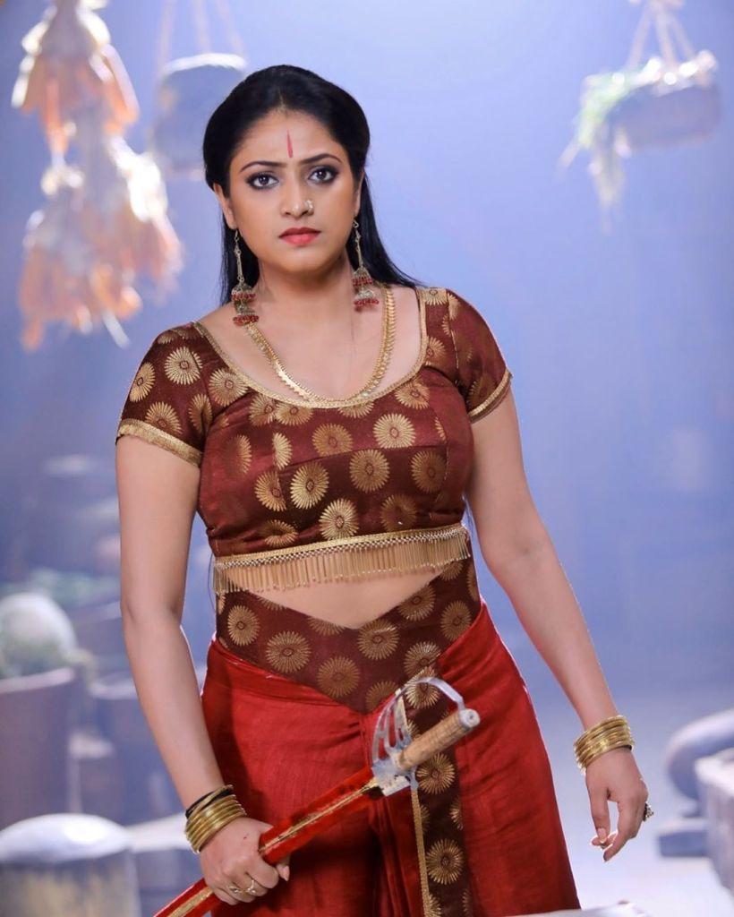 50+ Stunning Photos of Haripriya 10