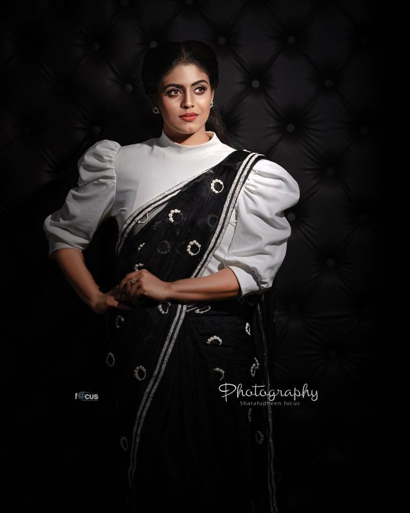 30+ Beautiful Photos of Iniya 15
