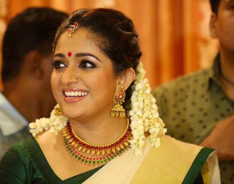 53+ Gorgeous Photos of Kavya Madhavan 19