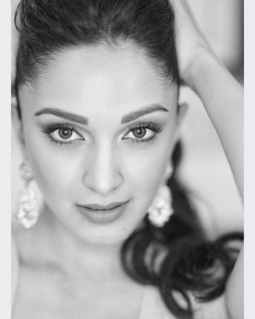 116+ Glamorous Photos of Kiara Advani 44