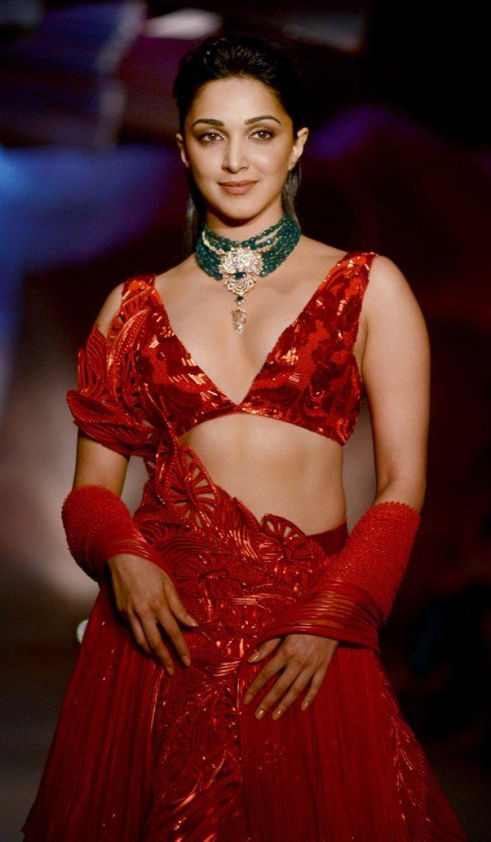116+ Glamorous Photos of Kiara Advani 72