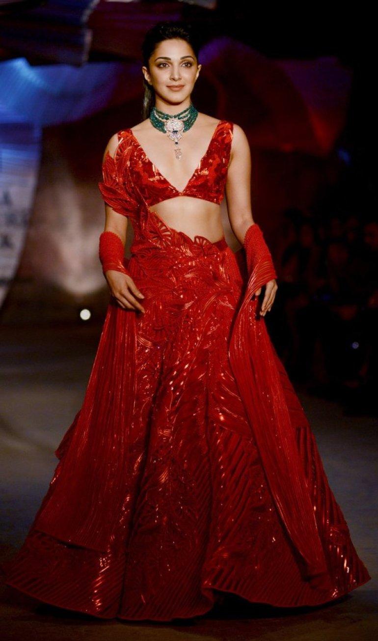116+ Glamorous Photos of Kiara Advani 73