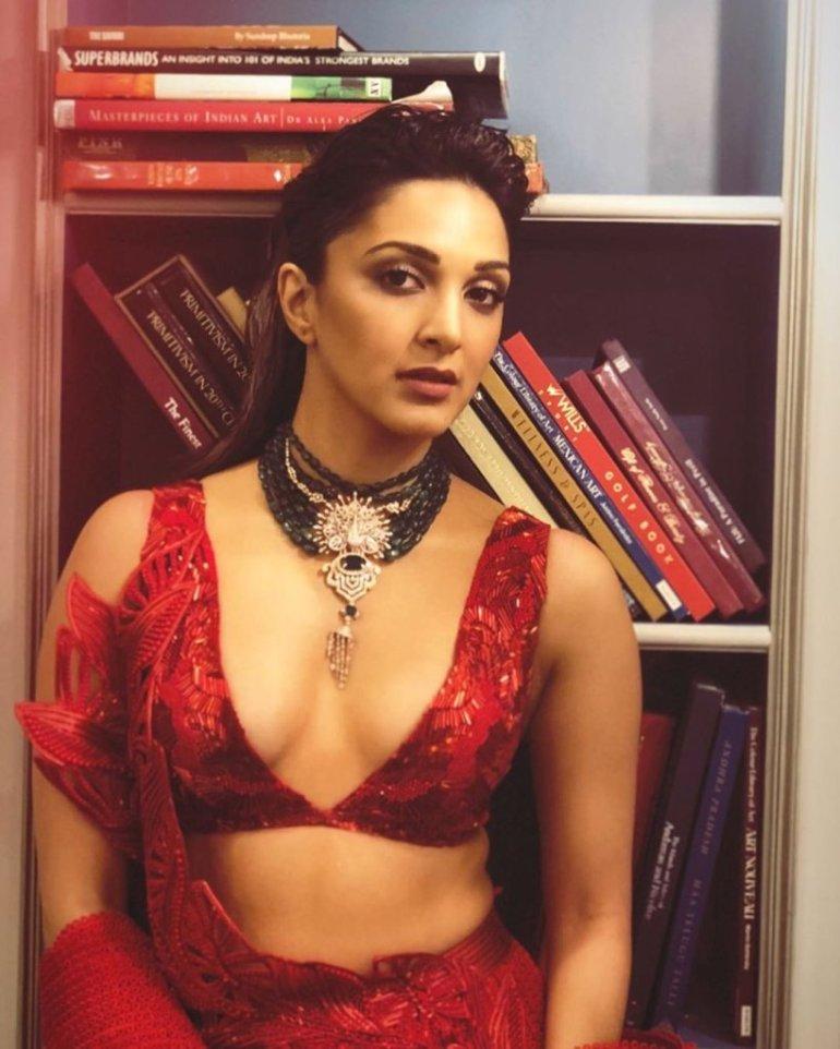 116+ Glamorous Photos of Kiara Advani 158