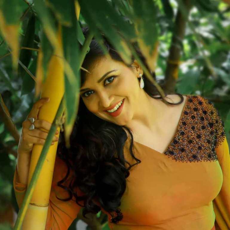 24+ Beautiful Photos of Lena Kumar 16