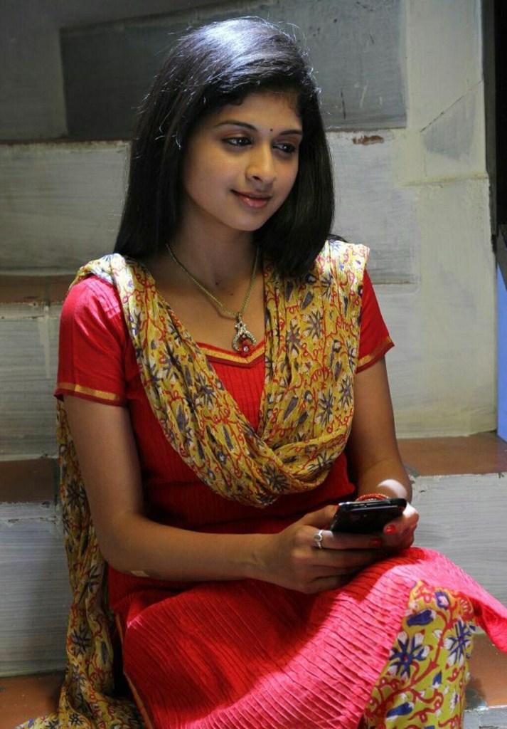 19+ beautiful Photos of Mrudhula Bhaskar 21