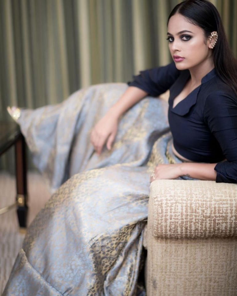 32+ Charming Photos of Nandita Swetha 105