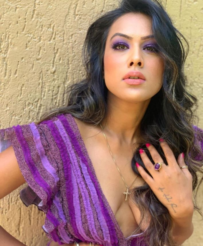 40+ Glamorous Photos of Nia Sharma 10
