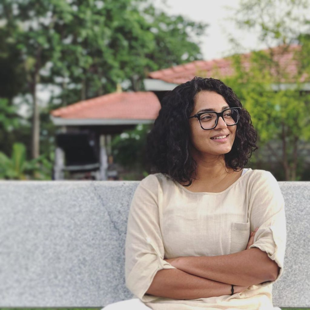 42+ Stunning Photos of Parvathy Thiruvothu 15