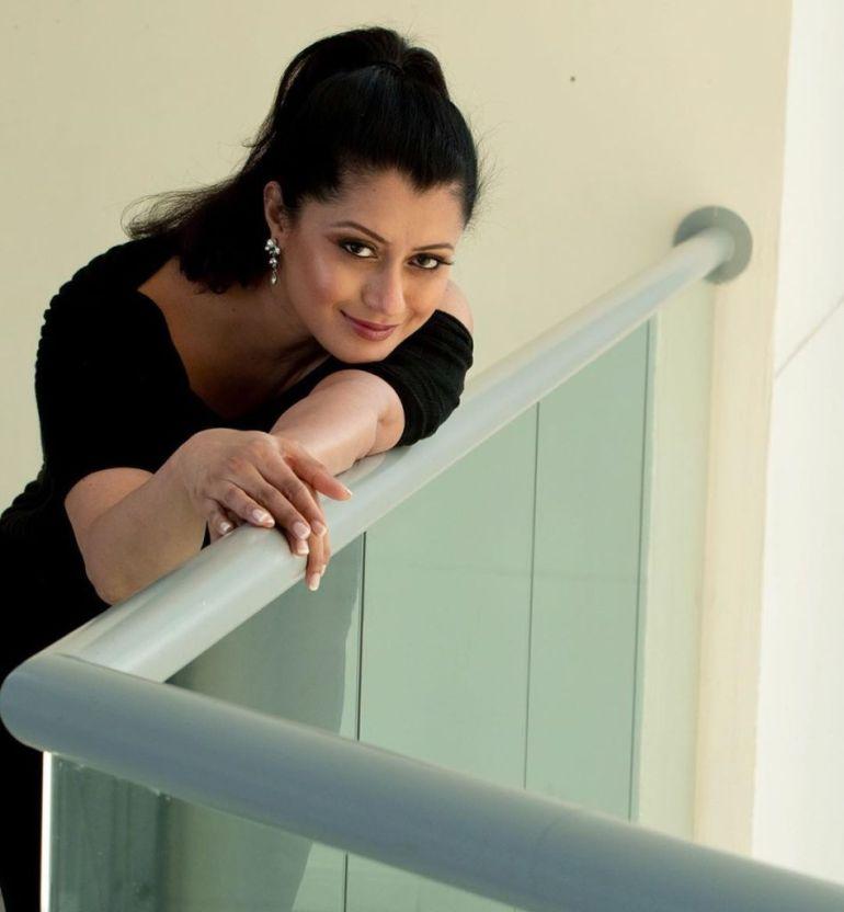 26+ Beautiful Photos of Reenu Mathews 63