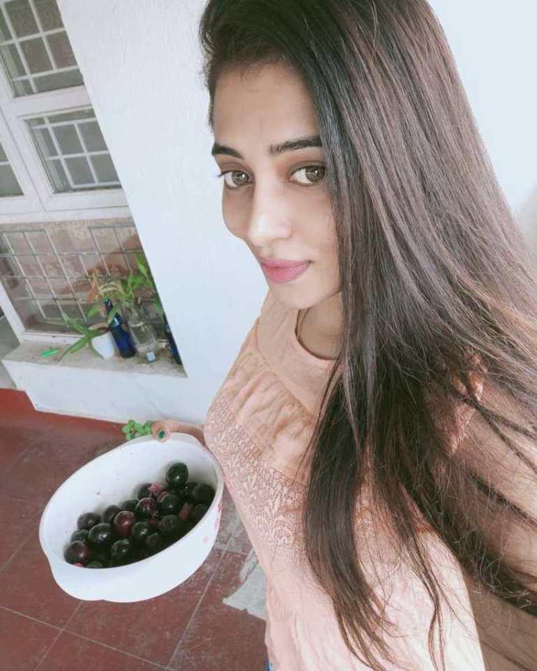 46+ Gorgeous Photos of Remya panicker 120