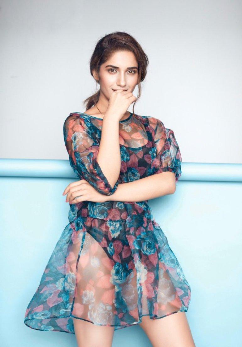 89+ Gorgeous Photos of Ruhani Sharma 70