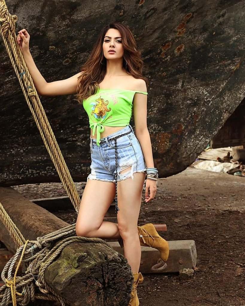 32+ Gorgeous Photos of Sakshi Choudhary 18
