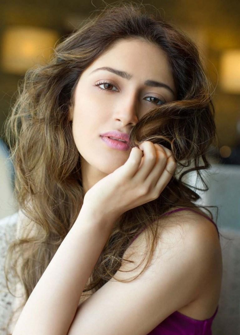 72+ Charming Photos of Sayesha Saigal 154
