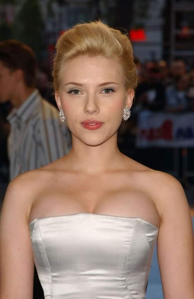69+ Unseen Photos of Scarlett Johansson 149