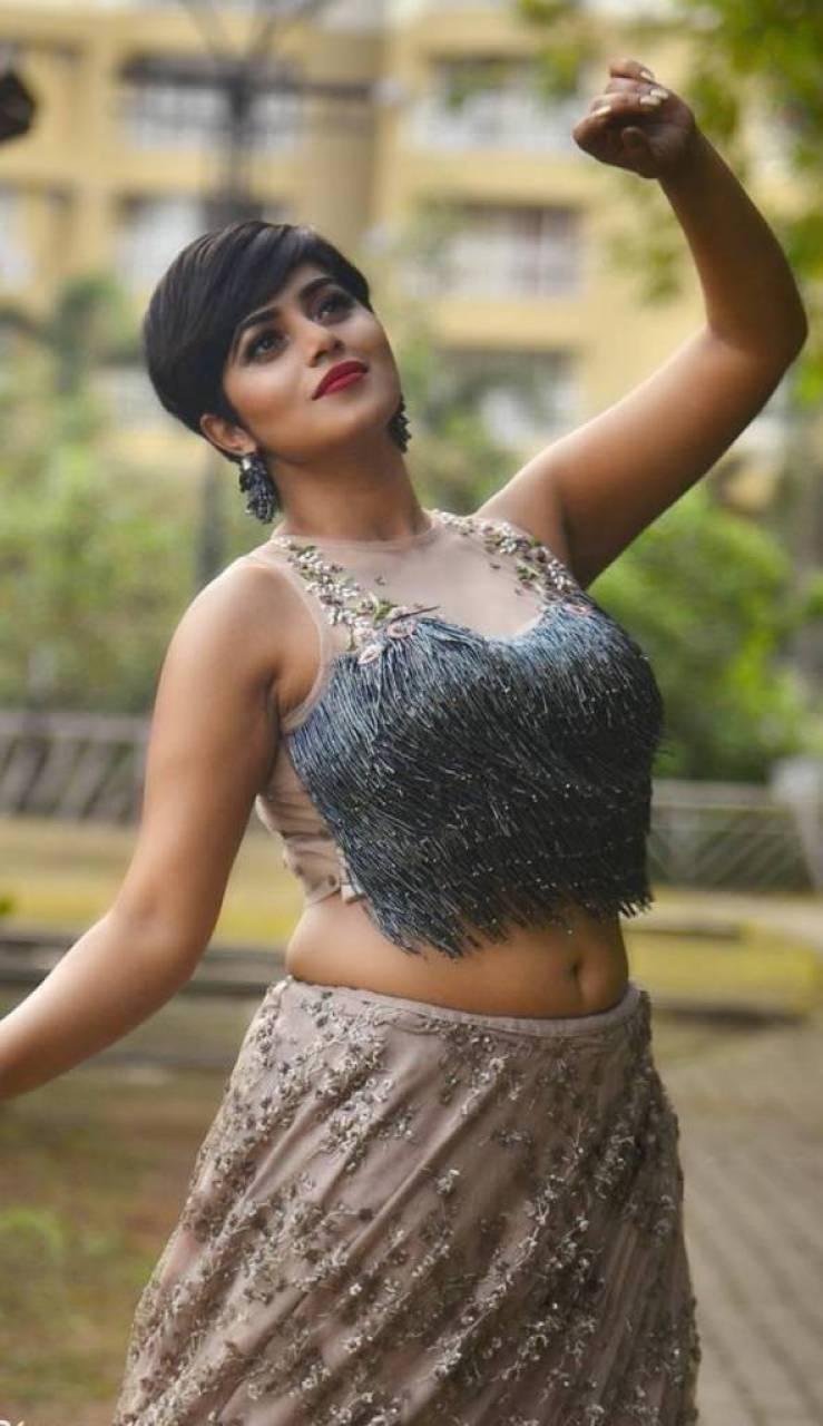 35+ Beautiful Photos of Shamna Kasim 94