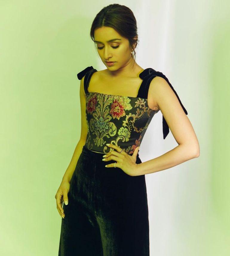 78+ Glamorous Photos of Shraddha Kapoor 79
