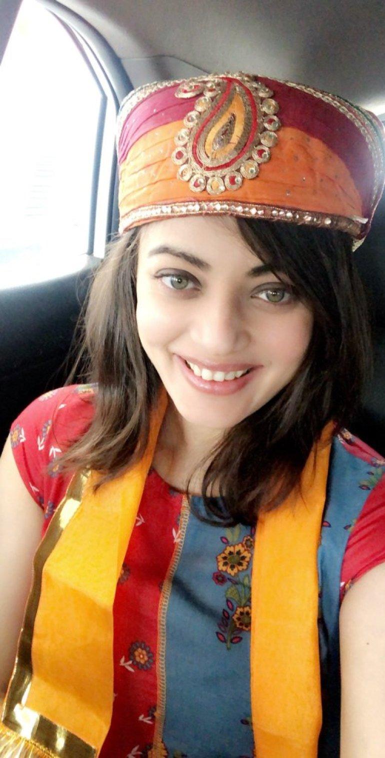 43+ Gorgeous Photos of Sneha Ullal 26