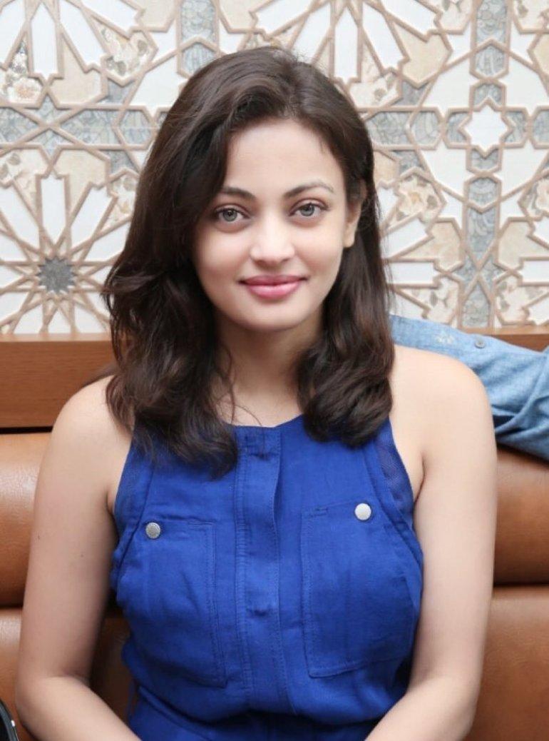 43+ Gorgeous Photos of Sneha Ullal 28