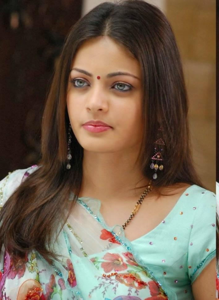 43+ Gorgeous Photos of Sneha Ullal 41