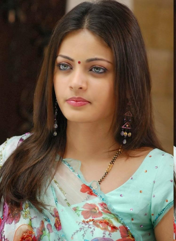 43+ Gorgeous Photos of Sneha Ullal 125
