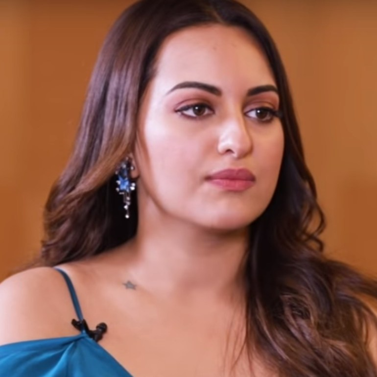 57+ Gorgeous Photos of Sonakshi Sinha 140