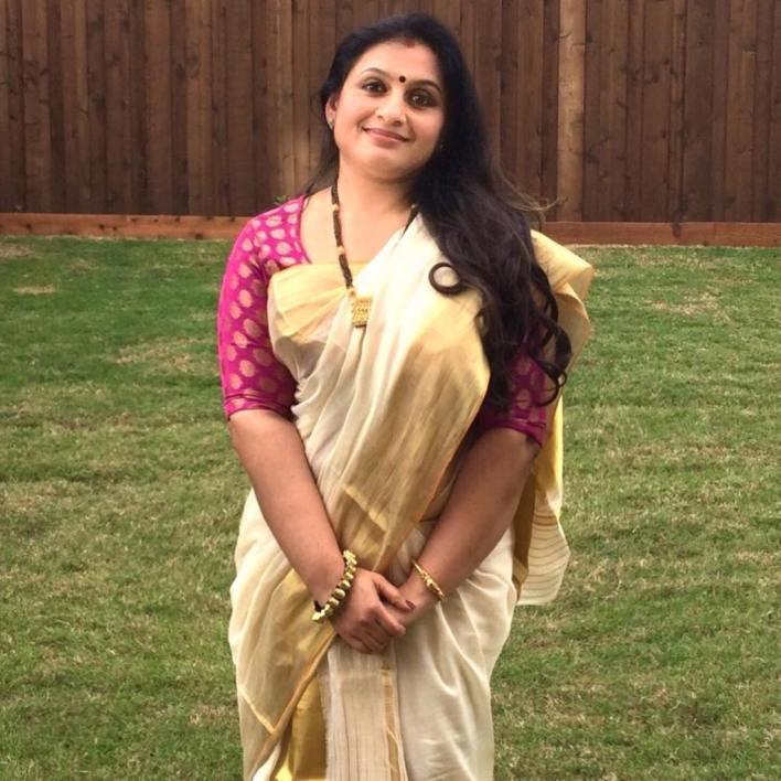 36+ Beautiful Photos of Suchitra Murali 2