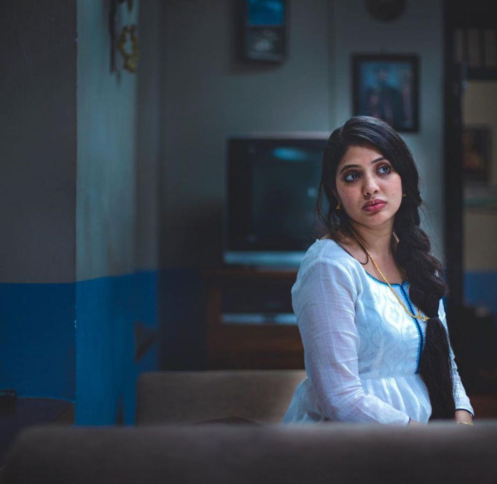 76+ Gorgeous Photos of Veena Nandakumar 21