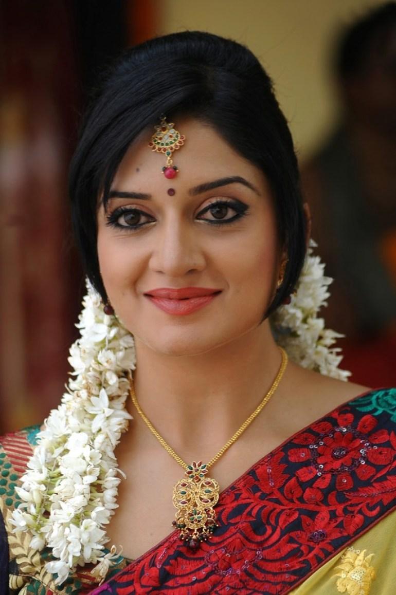 58+ Stunning Photos of Vimala Raman 95
